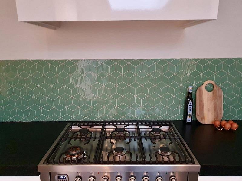 tegel groen ruit achterwand keuken