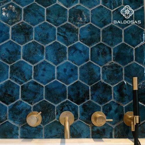 zeshoekige 6 hoekige tegels hexagon wandtegels blauw