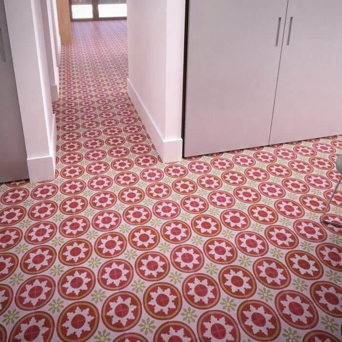 137 klassieke cementtegel bloemmotief