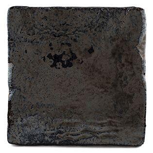 Ruwe tegels zwart